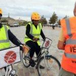 Atelier de remise en selle animé par l'association Vélo-Cité à Bordeaux.