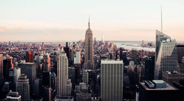 Quartier d'affaires de New York ©️ Oliver Niblett via Unsplash